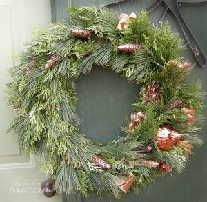 wreath decorated in bronze accents