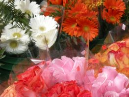 5 Ways to Save Money When Buying Cut Flowers
